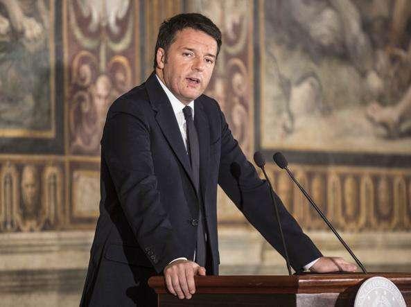"""Renzi, lotta al terrorismo: """"Bonus di 80 euro a forze dell'ordine e 500 ai 18enni"""""""