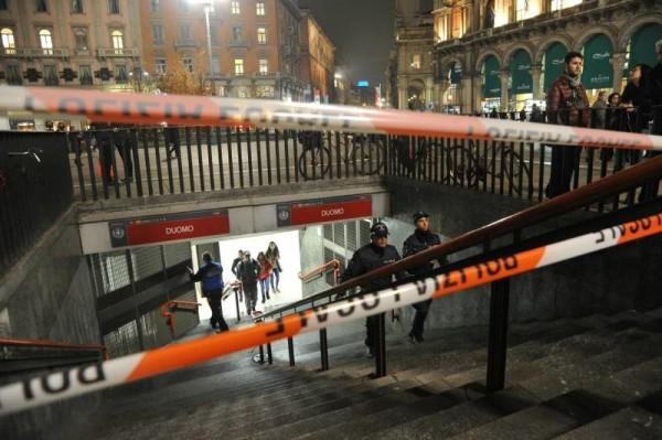 Metropolitana Milano, falso allarme bomba: trolley sospetto nella fermata Duomo