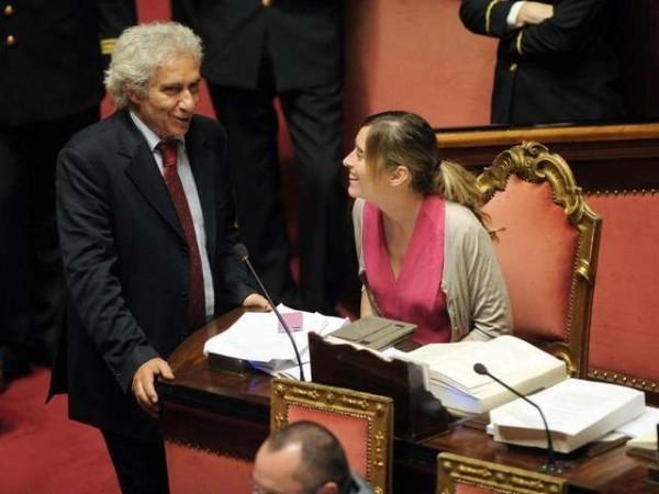 Mineo, Renzi e la Boschi: politica, presunto sessismo e parole che bruciano