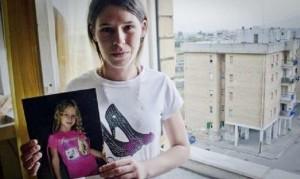 Napoli: abusi su una bimba di tre anni, pedofili frequentavano il palazzo della piccola