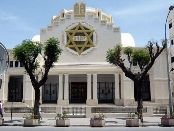 Australia, aggredisce ebreo fuori dalla Sinagoga ma la vittima lo immobilizza