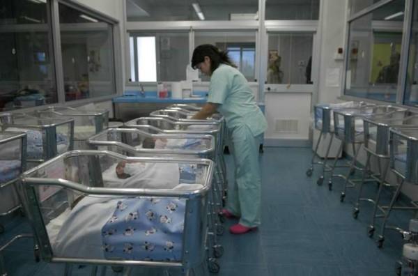 Modena: la donna che ha partorito quattro gemelle è un caso scientifico
