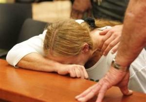"""Picchiata per 24 anni dal marito, i giudici: """"Tollerava percosse e minacce, inutile ribellarsi oggi"""""""
