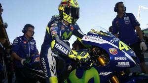 """MotoGp, Rossi parla di 'biscotto' ma la Honda replica: """"Accuse inaccettabili"""""""