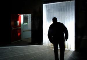 Roma: pedinava e perseguitava l'ex e la sua famiglia, fermato stalker 80enne