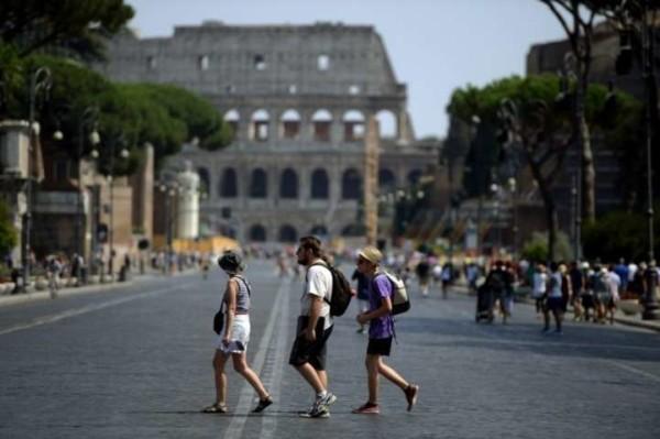 """""""Ci sarà un attentato a Roma!"""", la bufala della mamma di Anastasia corre su Whatsapp"""