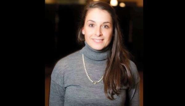 """Valeria Solesin, il racconto del fidanzato: """"Sono stato due ore abbracciato a lei mentre i terroristi..."""""""