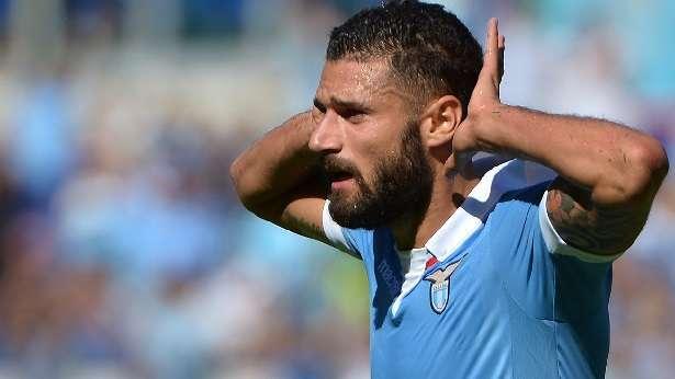 """Calciomercato, derby della """"Madonnina"""" per Candreva: il laziale conteso da Milan e Inter"""