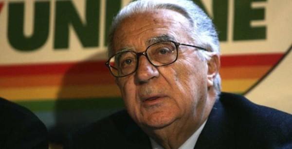 Scomparso Armando Cossutta: ex dirigente del Pci e fondatore di Rifondazione