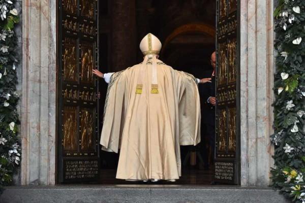 """Papa Francesco, Giubileo: """"La misericordia può edificare un mondo più umano"""""""