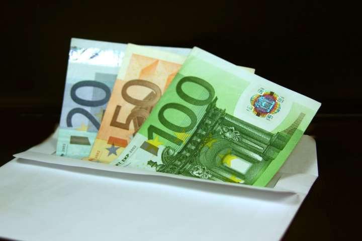 Padova, perde una busta con 3mila euro all'Ikea e li ritrova in un modo incredibile
