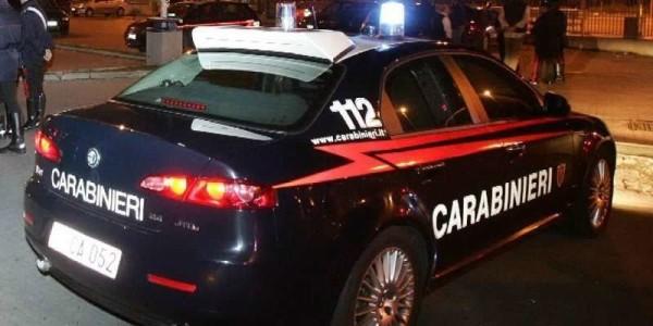 Caserta shock: dà fuoco alla compagna mentre dorme, in manette algerino 47enne
