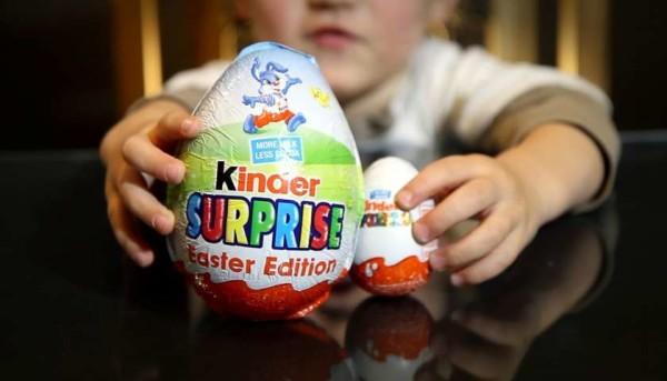 """Usa, Ovetto Kinder ritirato dal mercato: """"E' pericoloso per i bambini"""". Ecco il motivo"""