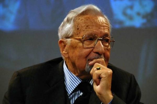 Morto Licio Gelli: fondatore della loggia P2, aveva 96 anni. Uomo dei mille misteri