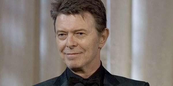 Morto David Bowie: il mondo della musica piange il Duca Bianco