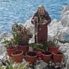 Napoli sotto shock: Padre Pio senza testa sul lungo mare, la statua è stata decapitata