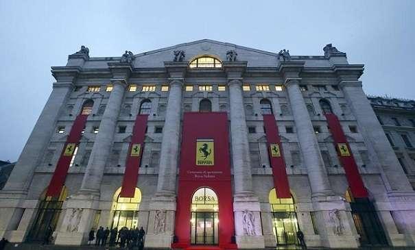 Ferrari in Borsa, esordio da profondo rosso: debutto a 43 euro, poi il crollo