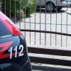 Monza: 51enne sorprende i ladri in casa che lo picchiano con una torcia