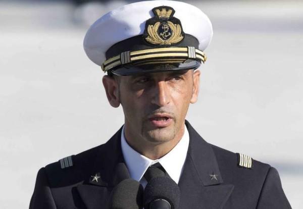 Marò, Latorre rimarrà in Italia fino al 30 aprile: governo indiano accusato di tradimento