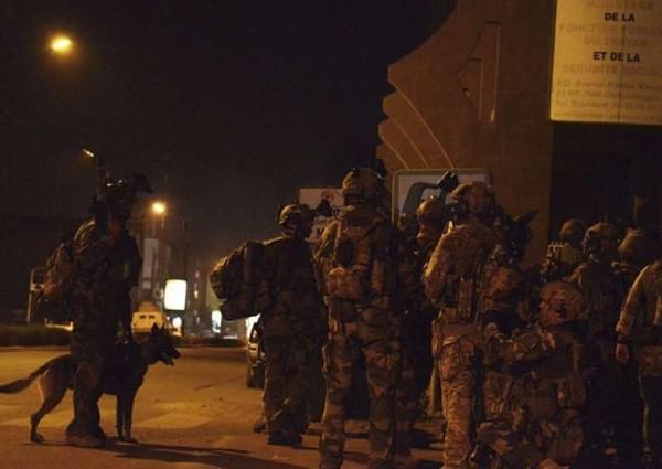 Attacco terroristico in Burkina Faso: sale a 27 il numero dei morti. Al Qaeda rivendica