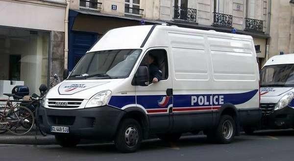 Parigi: baby-sitter uccide il bambino, poi fa a pezzi l'intera famiglia con la motosega