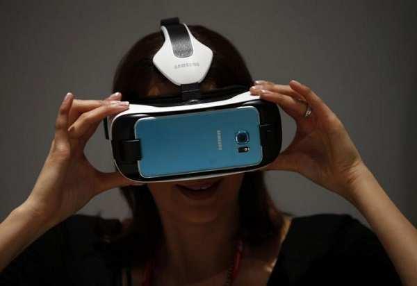 Dispositivi virtuali indossabili, una fonte d'oro per il mercato tecnologico