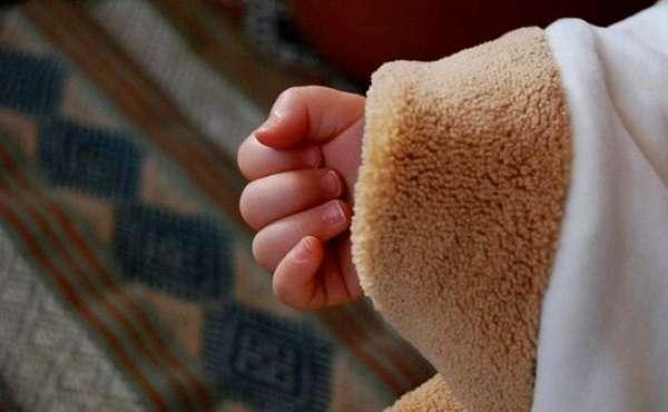 Firenze: somministrava psicofarmaci al figlio di un anno e maltrattava la moglie