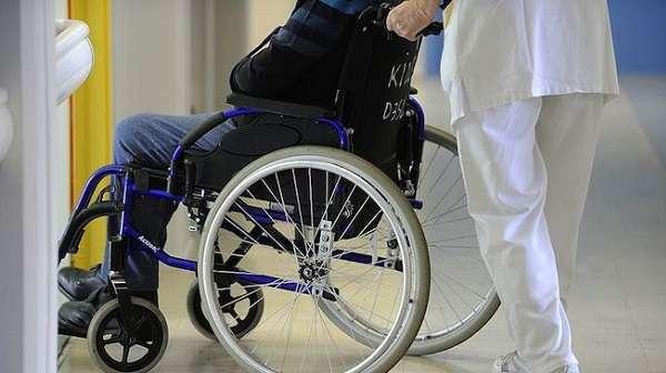 Roma, maltrattavano e segregavano disabili in un centro di riabilitazione: 10 arresti