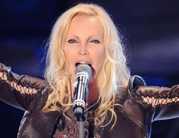 """Patty Pravo, 50 anni di carriera: nuovo album """"Eccomi"""", Sanremo e il tour"""