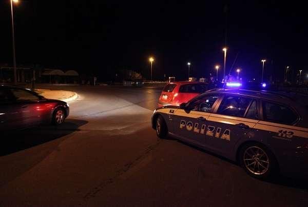Verona, Bmw con banditi a bordo sfugge alla polizia sull'A4: forse la banda dell'Audi gialla