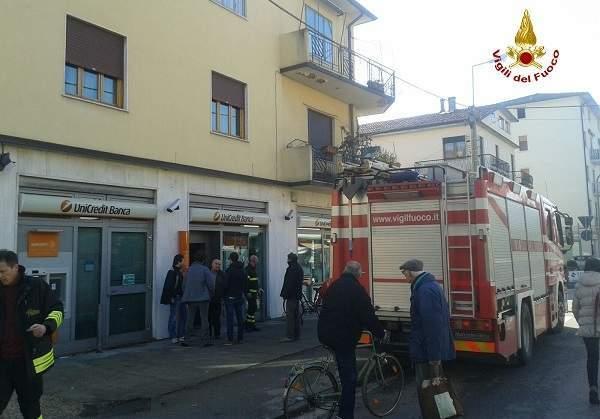 Vicenza, panico in una banca: bimba di due anni si chiude in una cassaforte