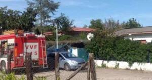 Salerno: dà fuoco a moglie e figlia di 2 mesi poi si suicida. I corpi ritrovati abbracciati
