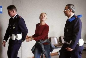 Ergastolo per l'infermiera killer che faceva i selfie con le sue vittime