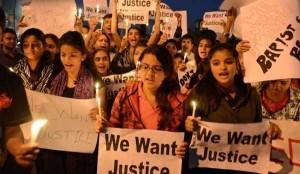 Orrore in India, stupra ragazzina di 15 anni e le dà fuoco: arrestato 20enne