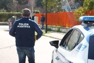 Taranto: spari tra la folla in pieno giorno: ucciso un pregiudicato, feriti due passanti