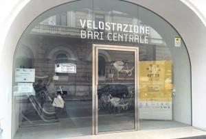 Puglia ecosostenibile: inaugurata a Bari la prima velostazione del sud, costata 140mila euro