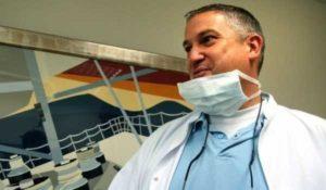 Francia, condannato a 8 anni di reclusione il dentista che torturava i pazienti