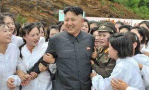 """Nord Corea, dittatore strappa ragazzine vergini alle famiglie per i """"propri bisogni"""""""