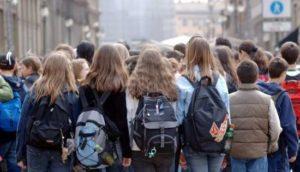 Milano, caso bimba autistica: rimandata la gita, Giannini incontra gli uffici scolastici