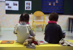 Roma: maltrattavano alcuni bimbi di un asilo nido, due maestre sospese e una arrestata