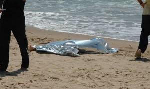 Lecce: giallo sul ritrovamento del cadavere di un'88enne marchigiana in mare