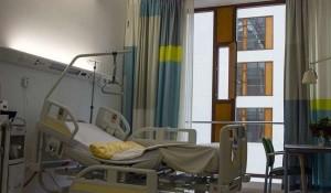 """Piombino, l'infermiera arrestata per le morti sospette: """"Giuro che sono innocente"""""""