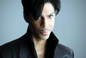 """Prince, rivelazione shock: """"Aveva l'Aids, lo sapeva da 6 mesi. Era pronto a morire"""""""