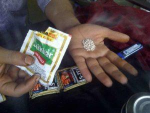 India, troppi tumori nel Paese: il governo di New Delhi vieta il tabacco da masticare