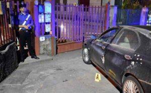 Catania, voleva vedere il figlio di 3 anni: ucciso a colpi di fucile dal marito dell'ex amante