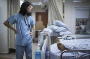 Roma: marocchino tenta abusi al San Camillo su paziente inferma, fermato dall'infermiera