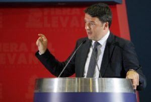 """Renzi a Palermo firma il 'Patto per la città': """"E' utile per l'Italia che il Mezzogiorno riparta"""""""