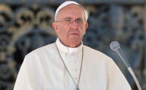 """Papa Francesco: """"Sogno un'Europa in cui essere migrante non sia delitto"""""""