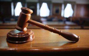 Torino: 63enne condannato per stalking, minacciava e insultava coppia gay