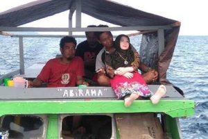 Indonesia, veneravano bambola gonfiabile credendo fosse un angelo caduto dal cielo